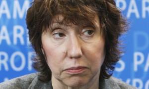 Kamishna wa EU anayechagua Ashton wa Uingereza anashughulikia Kamati ya Mambo ya Nje ya Bunge la Ulaya huko Brussels
