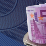 #ECB starts to take €500 out of circulation
