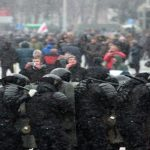 #Belarus election: 'Hundreds detained' amid protest as early results indicate Lukashenko landslide