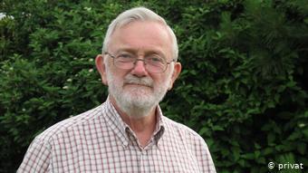 Cynhaliodd Jim Gibbons Gylchgrawn Ewrop DW hyd 2013