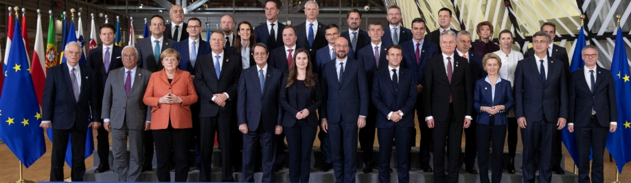 191213Family2 - #Brexit - 'We are ready to start the next phase, to defend and promote Europe's interests' #EUCO