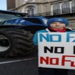 Irish farmers fire election warning shot with #DublinTractorProtest